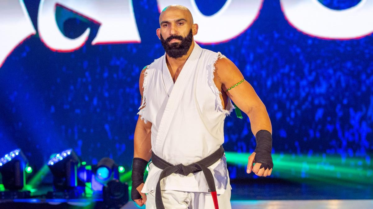Adrian Jaoude e outros lutadores estrearam nas gravações do AEW Dark