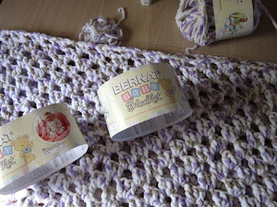 yarn, Bernat Baby Blanket, crochet, granny rectangle