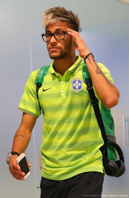 Some wonderful Neymars hairstyles  The HairCut Web