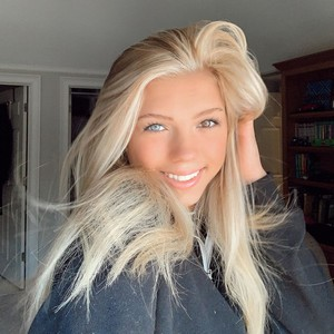 Caroline Gregory Age | Wiki, Net worth, Bio, Height, Boyfriend ?