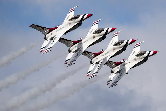 USAF Thunderbirds 2018 Airshow Season