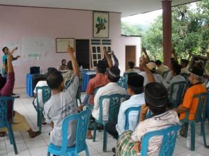 Makalah Perubahan Dan Perkembangan Masyarakat Desa Makalah Demokrasi Dan Pemilu Di Indonesia Syarifah Aini Materi Kuliah Pemberdayaan Masyarakat Desa Raysha And Nayla