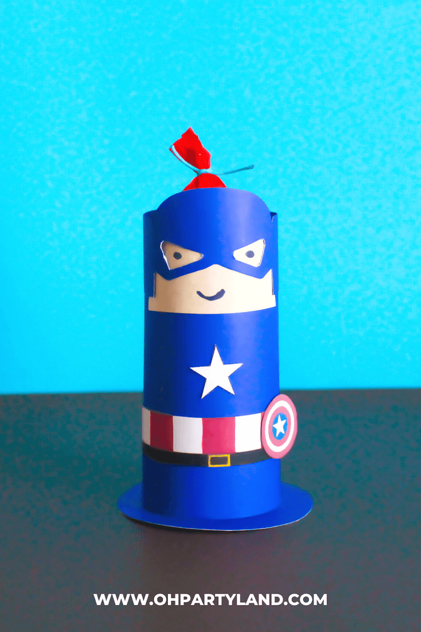 Superhero Crafts - Paper Roll Captain America and Iron man