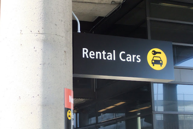 rental-cars-sign レンタカー看板