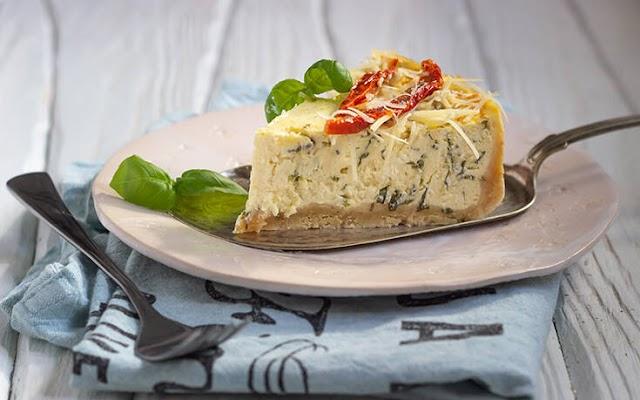 Αλμυρό cheesecake με βότανα