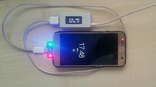 заряд на  телефон