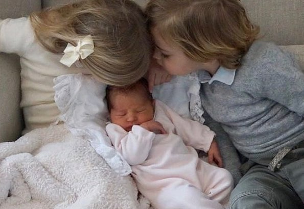 Princess Adrienne Josephine Alice, Princess Madeleine and Chris O'Neill, Princess Leonore