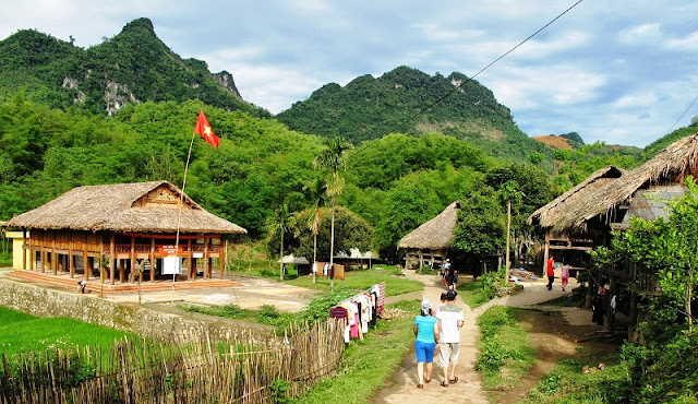 Family Tours in Mai Chau Great Family Holidays in Vietnam 3