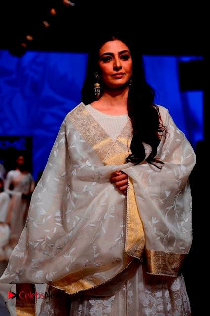 Actress Tabu Walk on Ramp for Gaurang Shah at Lakme Fashion Week  0001.jpg