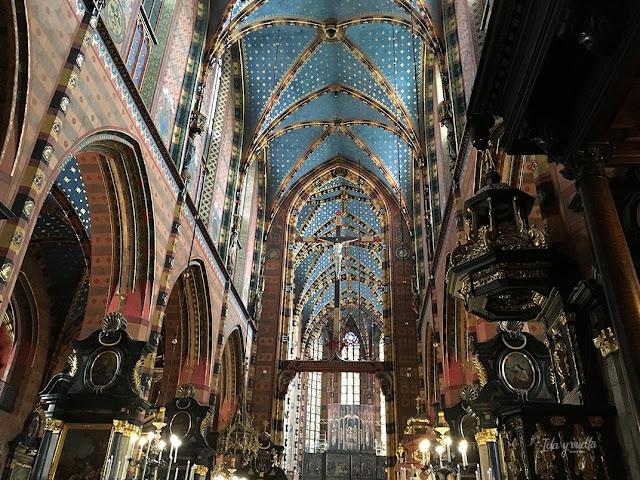 Santa María Cracovia interior