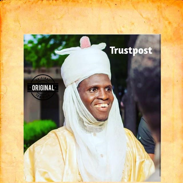 Ashe da gaske ne Rarara ya bu'kachi 1000 da ga hanun talakawa kafin ya 'kara Rerawa Shugaba Muhammadu Buhari.