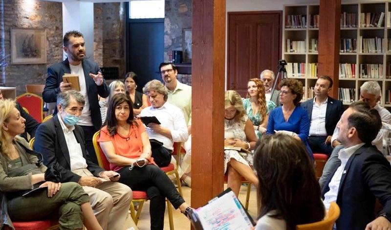 Συνάντηση του πολιτιστικού σωματείου Εκκίνηση με την Επιτροπή «Ελλάδα 2021»