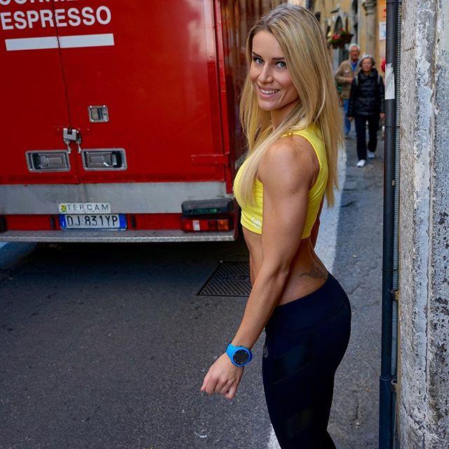 fitness model Adrienne Koleszá