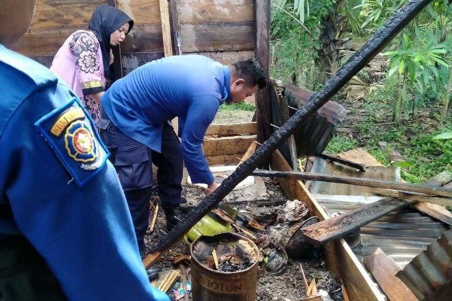 Tabung Gas Bocor, Satu Rumah Panggung di Bone Terbakar