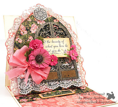 Easel card with an arch