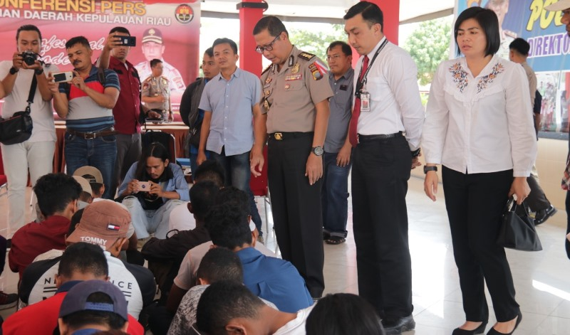 Polda Kepri Gagalkan Pengiriman 29 PMI Ilegal Ke Malaysia
