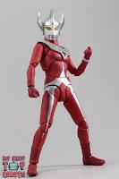 S.H. Figuarts Ultraman Taro 12