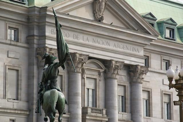 Trocar dinheiro nos bancos de Buenos Aires