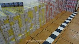 Peste 4.700 pachete cu țigări, ascunse în cutii din carton într-un autocamion, descoperite la P.T.F. Calafat