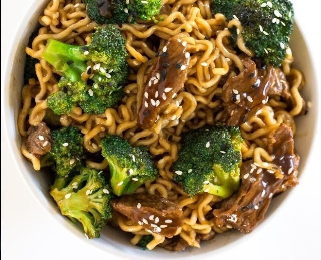 Beef and Broccoli Ramen Stir Fry #dinner #noodle