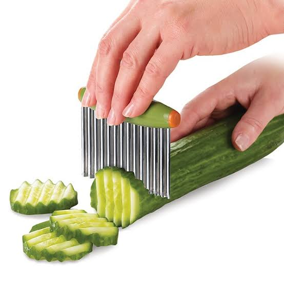 Crinkle Cutter An Amazing Kitchen Gadget