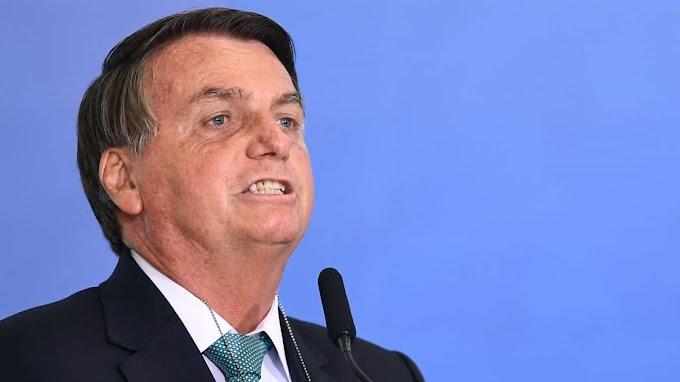 Bolsonaro diz que TSE 'arrebentou a corda' e que ministros 'têm exagerado'