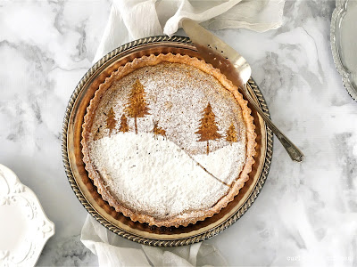 Maple Tart, Maple Pie, Thanksgiving Desserts, Christmas Desserts, Pie Decorating, Thanksgiving Pie, Powdered Sugar Stencil