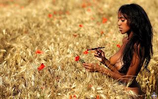 Стройная, голая, негритянка, грудь, тело, волосы, поле, пшеница, цветы