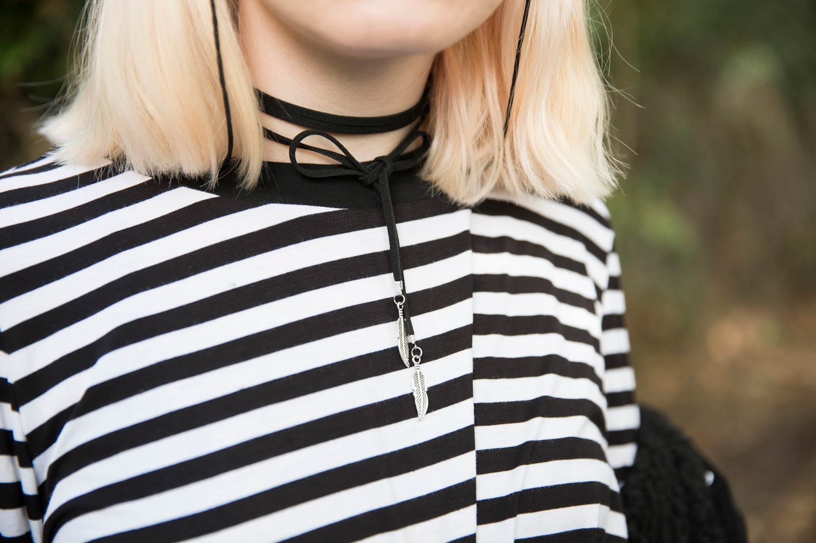 how-to-wear-cord-choker-necklaces
