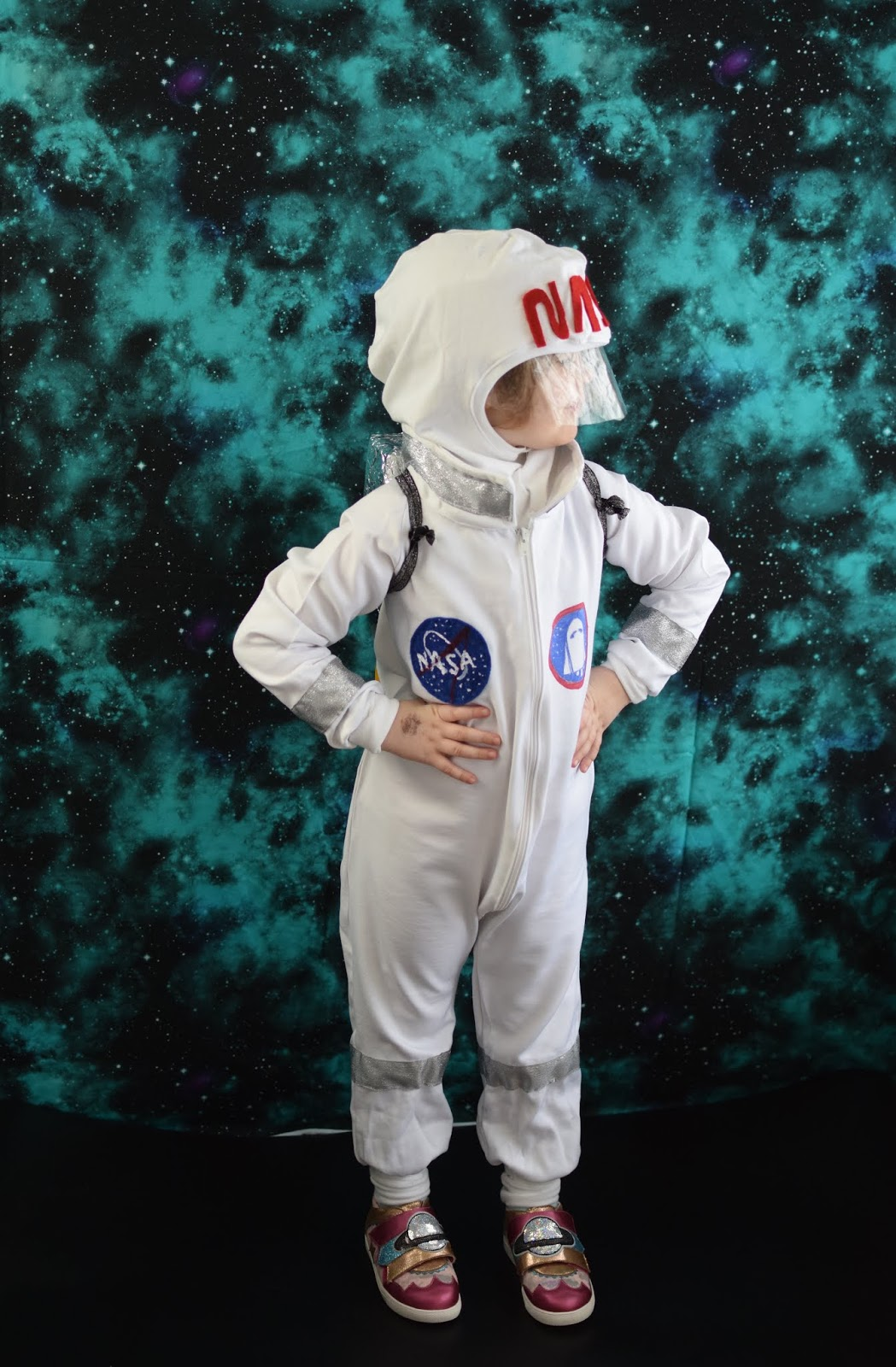 avaruuspuku lapselle