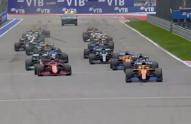 Η F1 πέφτει διαρκώς σε λάθη