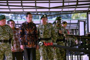 Presiden Jokowi,Tegaskan Prajurit TNI Harus Dalam Posisi Siap