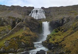 Cascada de Strompgljúfrafoss. Fiordos del Oeste, Islandia. West Fjords, Iceland.