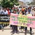 आंकलन में विलम्ब से ग्रामीणों का फूटा गुस्सा