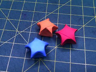 Cần người gấp ngôi sao xếp sẵn thuê tại nhà tphcm