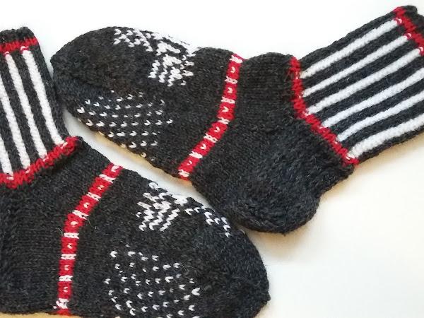 Pohjois-Karjalan sukat - Northern Karelian wool socks