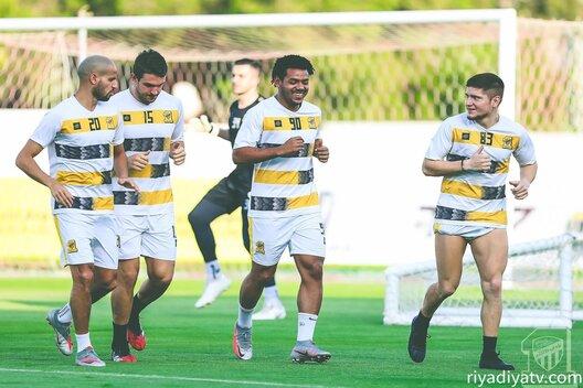 موعد مباراة الاتحاد السعودي ضد الفتح القادمة والقنوات الناقلة ومعلق المباراة