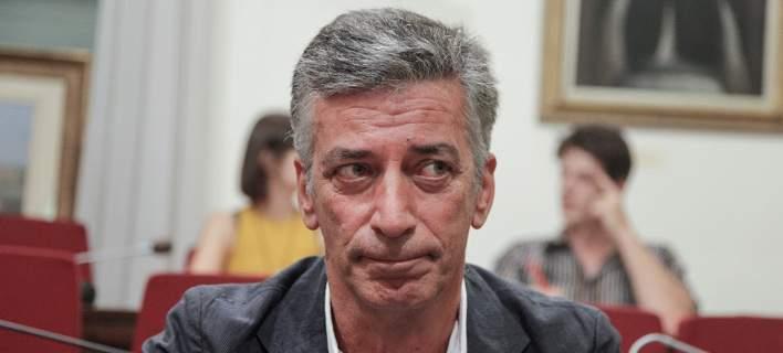 Θαλασσινός: «Στην ΕΡΤ οι συνδικαλιστές δεν εργάζονται, οι Διευθυντές δεν έχουν πτυχίο, αλλά μπάρμπα στην Κορώνη»