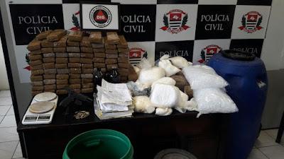 """""""Polícia Civil prende em flagrante suspeito de armazenar fuzis para organização criminosa"""""""