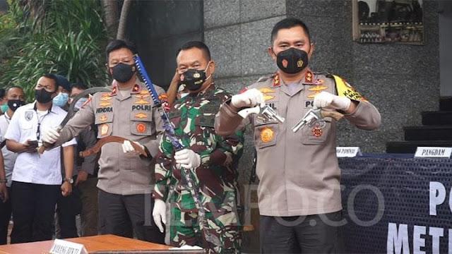 Aziz Yanuar Desak Bareskrim Usut Komandan yang Memerintahkan Tembak Laskar FPI