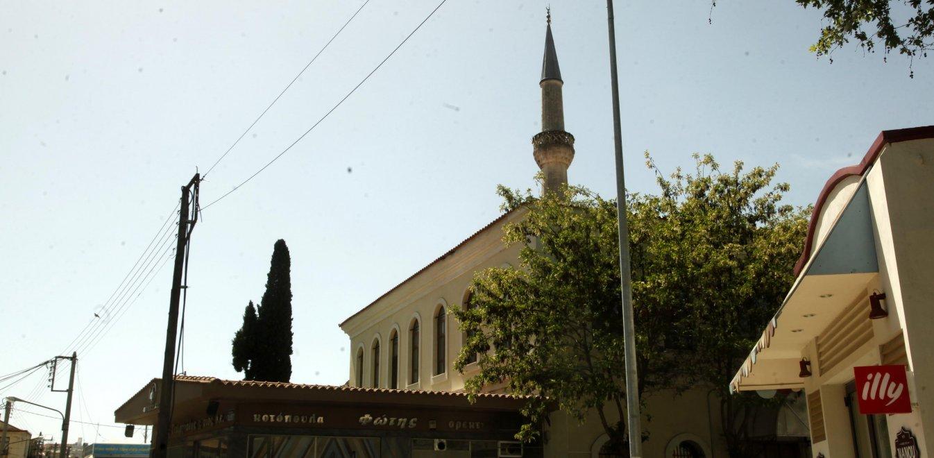 """Νέα παραλήρημα Τουρκίας: Βλέπει """"προβλήματα"""" της μειονότητας στη Θράκη"""