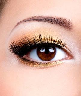 Maquillaje para ojos redondos