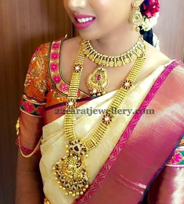 Bride In Lakshmi Long Mala Jewellery Designs