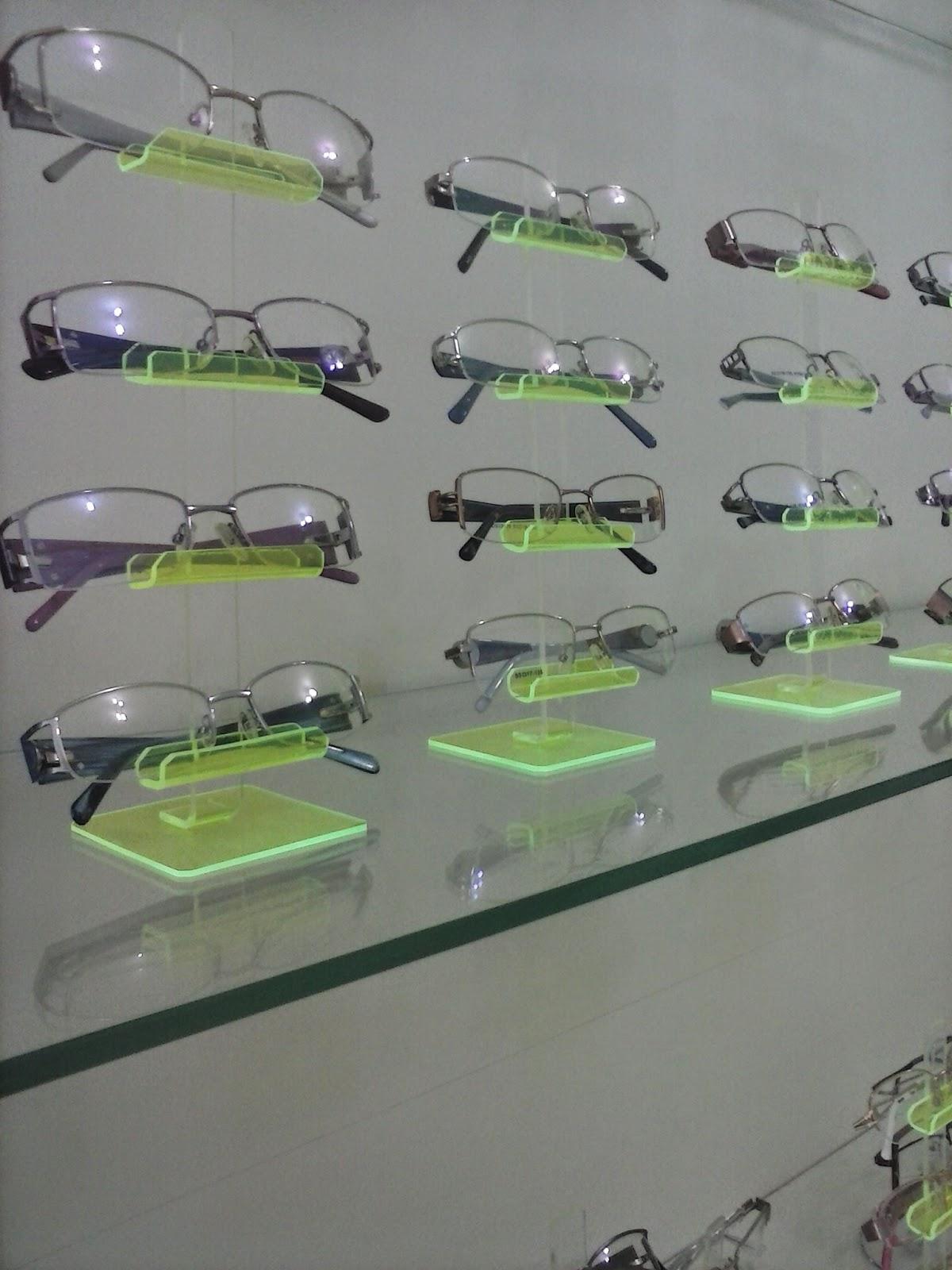 1640a3e3825f1 Além de óculos de sol nas marcas Ray-Ban, Galdy, Visanni e tantas outras. A  Ótica Vida tem o melhor preço em óculos e armações pra você.
