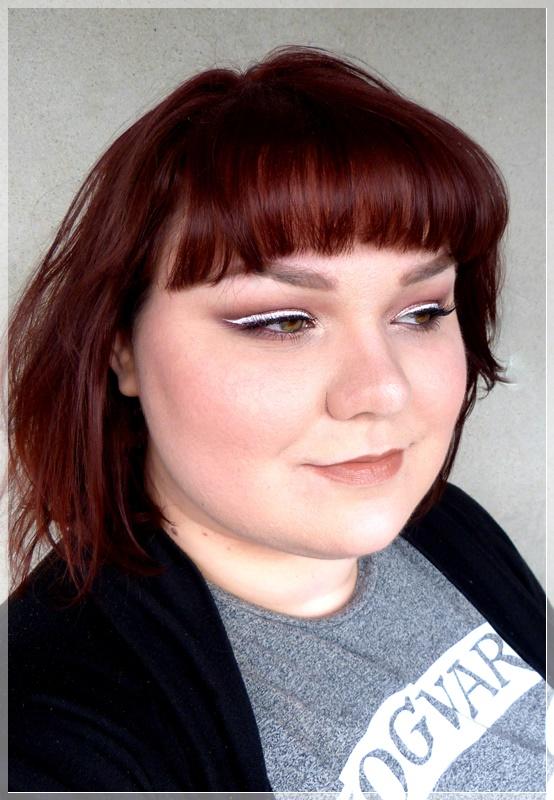 weißer Eyeliner getragen