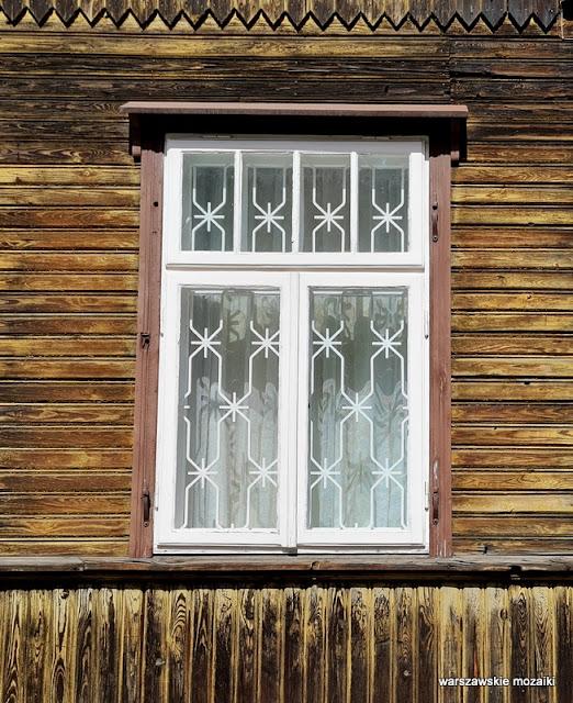 Warszawa Warsaw Targówek drewniak dom drewniany architektura drewniana zabytek  architecture okno