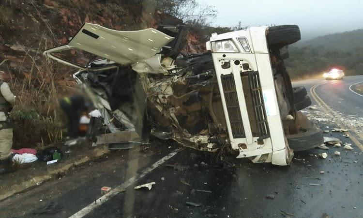 Motorista de bitrem morre em acidente na Chapada Diamantina