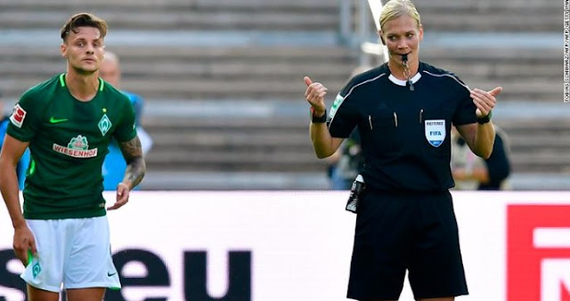 Women's World Cup: Referees and VAR under the microscope