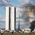 Ato contra Temer tem confronto com polícia, bombas e vandalismo em Brasília