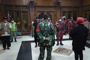 Tiga Pilar (TNI/Polri dan Lurah) Jaga Kamtibmas Dengan Patroli Gabungan